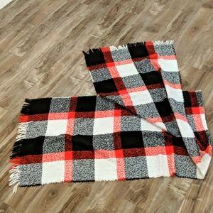 ❄️3/$25 Plaid Blanket Scarf